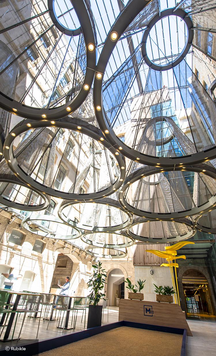 Entrée du concept store Mx Marseille